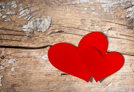 San Valentino Vintage Handmade Coppia Hearts su sfondo in legno Stock Photo