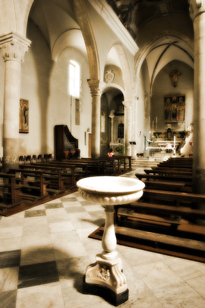 Interieur eines alten Kirche in Italien, Manarola - Cinque Terre Lizenzfreie Bilder