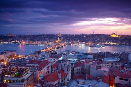 pavo: Estambul Panorama Sunset Foto de archivo