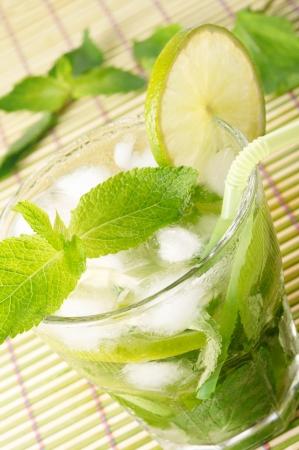 Mojito cocktail Stock Photo - 13698585