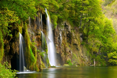 natural beauty: Waterfall