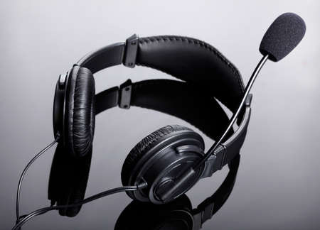 handsfree telephones: Headphones with a microphone