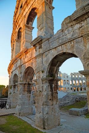 roman amphitheatre: Anfiteatro romano antiguo. Pula, Croacia