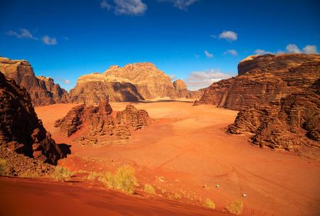 Deserto di Wadi Rum, Giordania Archivio Fotografico - 28288263