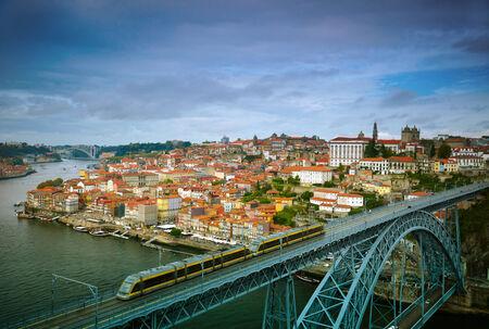 the center of the city: Centro hist�rico de la ciudad de Oporto, Portugal
