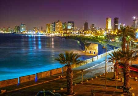 paisaje mediterraneo: Tel Aviv. Vista nocturna de Jaffa Foto de archivo
