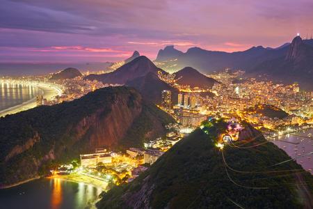 リオ ・ デ ・ ジャネイロ、ブラジルの夜景 写真素材