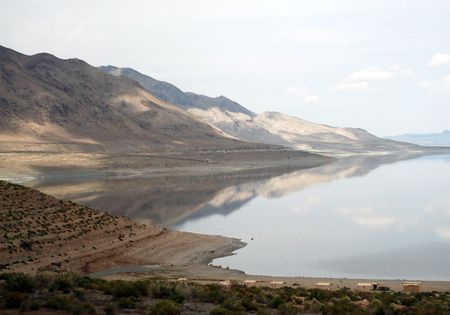mountains and walker lake in nevada