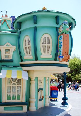 disneyland: mickeys toontown in disneyland california
