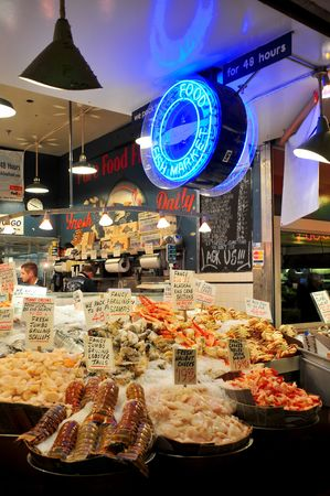 pike place: Mercato del pesce Pike Place a Seattle, USA