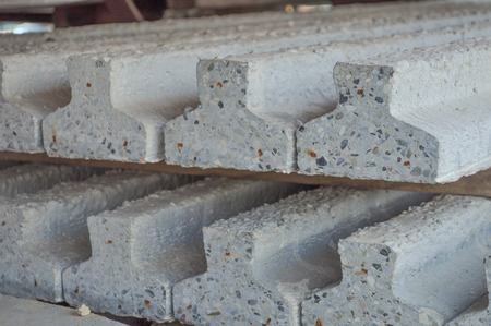 Prestressed precast pretensioned reinforced concrete beam