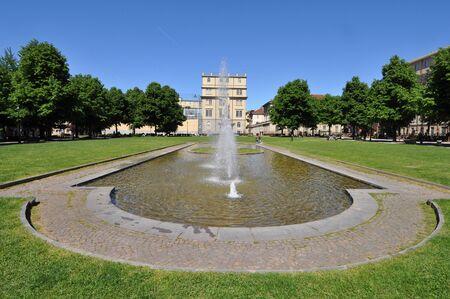 giardino: TURIN, ITALY - CIRCA MAY 2016: Giardino Aiuola Balbo public park and fountain