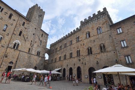 priori: VOLTERRA, ITALY - CIRCA AUGUST 2016: Piazza dei Priori square