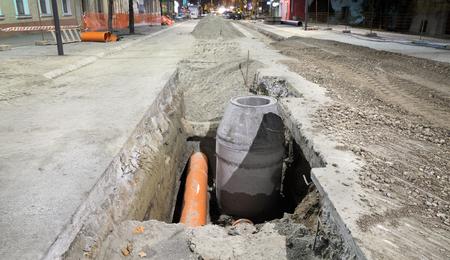 수력 건설 작업, 하수도 재건, 야간 사진