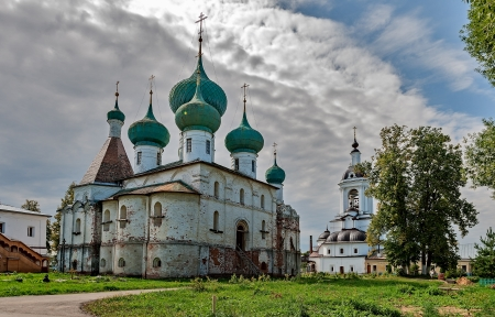 11th century: The Golden ring of Russia, convent of Abraham-Epiphany, founded in the 11th century, the city of Rostov Veliky.