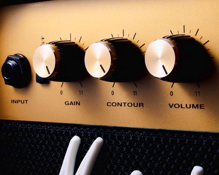superdirecta: Un amplificador de guitarra convertido hasta once para volumen m�ximo