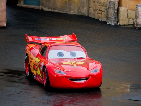 Lightning Mcqueen, Disneyland Paris, MArch 2012 Editorial