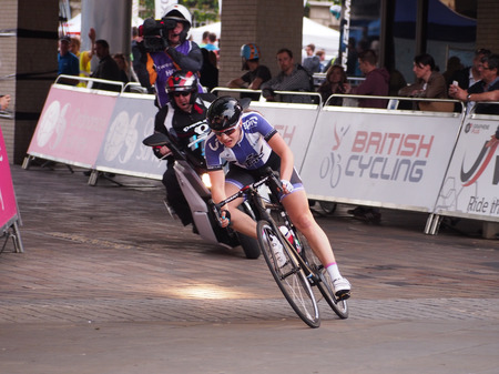 Jessica Roberts, pulls away from the pack, gaining a comfortable 20 second lead during  the final round of the Matrix Fitness Grand Prix series. Roberts went on to win the race as a solo entry.