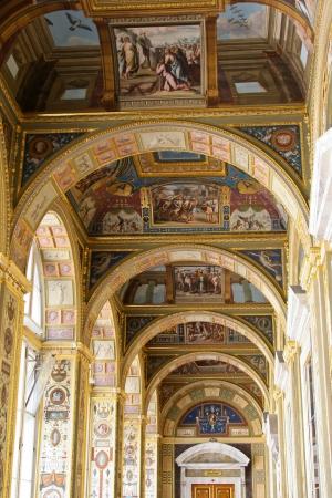 hermitage: Raphael Loggias at State Hermitage Museum Editorial