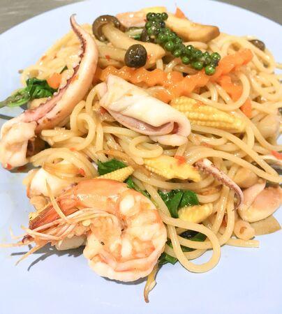 spaghetti seafood spicy