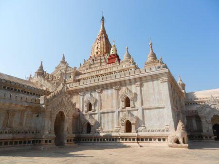 bagan: Ananda Pahto, Bagan, Myanmar Stock Photo