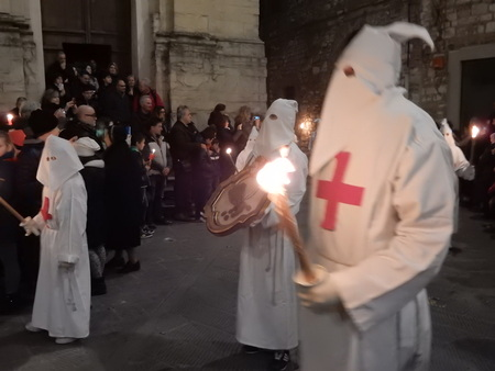 good friday: Good Friday Procession, Gubbio, Umbria, Italy