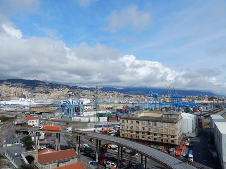 literas: Puerto de Génova, Liguria, Italia