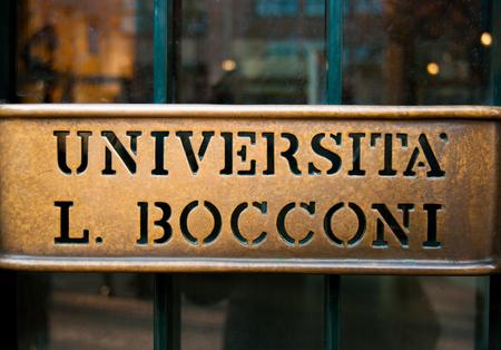 One handle of the economic managerial and legal sciences University entrance Sajtókép
