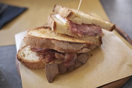 Sandwich with smoked ham