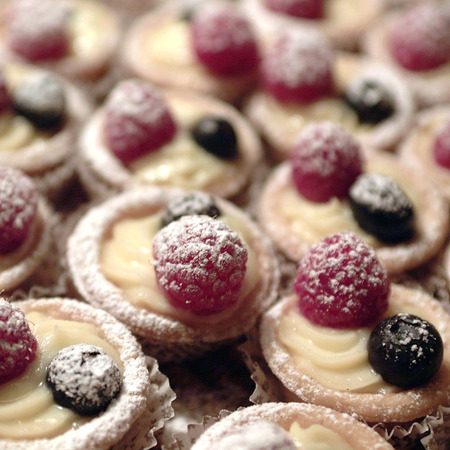 Tart with berries Foto de archivo
