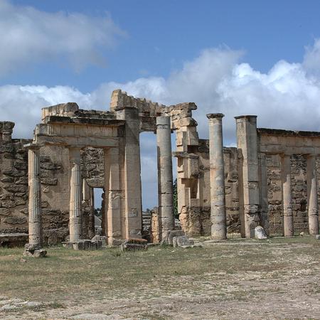 Cirene, Libië - 13 mei 2002: Ancients ruins in Cirene Redactioneel