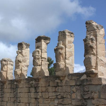 Cirene, Libia - 13 maggio 2002: Antiche rovine a Cirene Archivio Fotografico - 93107239