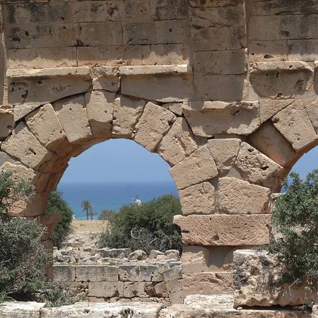 Tolemaide, Libia - 10 maggio 2002: Antiche rovine di Tolemaide Archivio Fotografico - 93354661