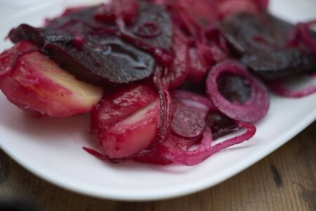 Beetroots with boiled potato and onions