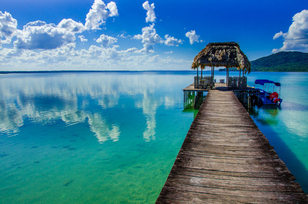 Beautiful pier at Lake Peten - Guatemala Foto de archivo
