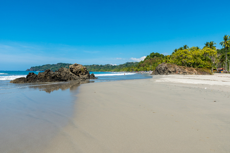 playa: Playa Espadilla at Manuel Antonio Park - Costa Rica