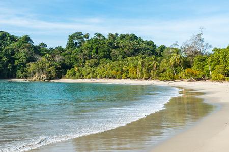 playa: Manuel Antonio, Costa Rica - beautiful tropical beach Stock Photo