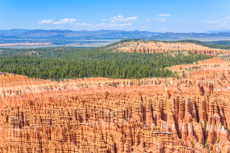 Scenic view of red sandstone hoodoos in Bryce Canyon National Park in Utah, USA - View of Inspiration Point Stock Photo