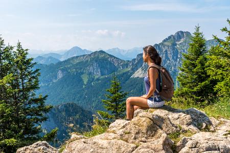 Hermoso paisaje en Allgã¤u - Alpes, Tegelberg Foto de archivo