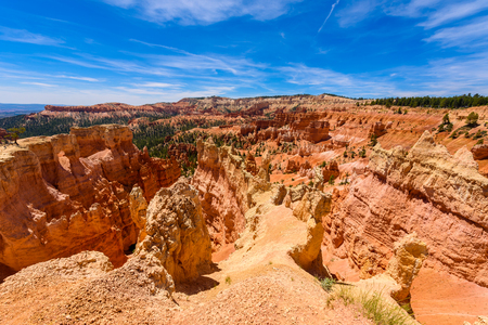 Beautiful view of Bryce Canyon at Sunrise Point, Bryce Canyon National Park, Utah, United States 免版税图像 - 90396739