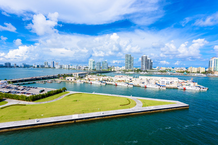 Miami Beach. Aerial view of Rivers and ship canal. 스톡 콘텐츠