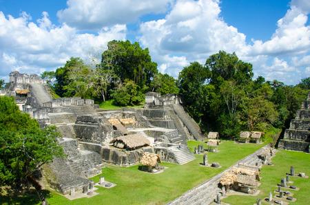 Tikal - Maya-ruïnes in het regenwoud van Guatemala Stockfoto