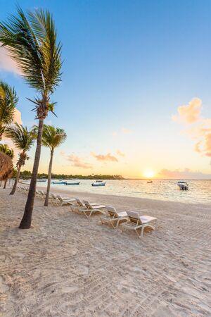 Akumal bay - Caribbean white beach in Riviera Maya, coast of Yucatan and Quintana Roo, Mexico Imagens