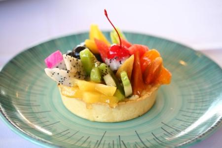 Mixed Fruit on Sponge Cake