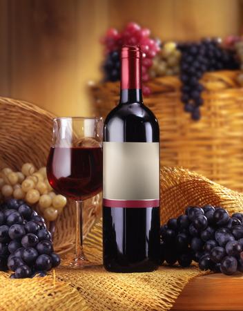 Wein Standard-Bild - 27971656