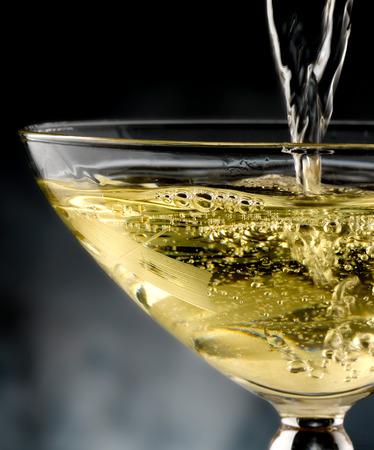 Champagner Standard-Bild - 27971674
