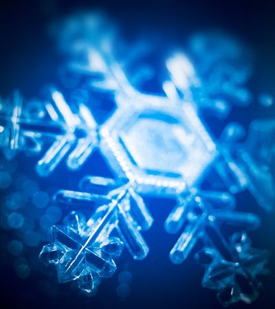 Stern ist der Schnee Standard-Bild - 70851068