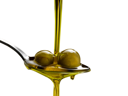 Natives Olivenöl extra Standard-Bild - 70851079