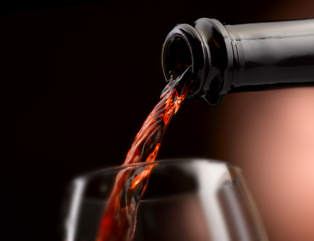 excellent artisan wine in all its forms Standard-Bild - 93015239