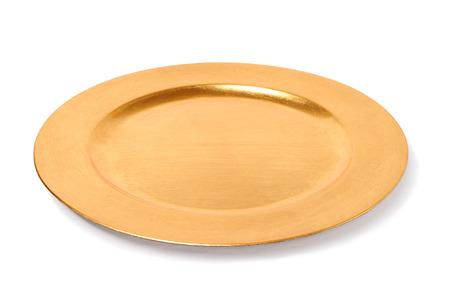podnos: prázdný zlatý talíř izolovaných na bílém pozadí